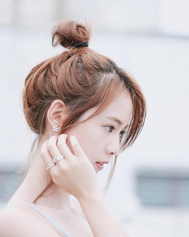 Thay vì chạy theo xu hướng, hot girl Thái lại chỉ trung thành với 6 kiểu tóc quen thuộc này - Ảnh 14.