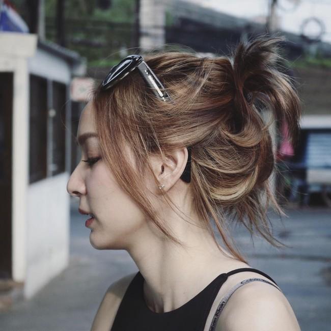 Thay vì chạy theo xu hướng, hot girl Thái lại chỉ trung thành với 6 kiểu tóc quen thuộc này - Ảnh 16.