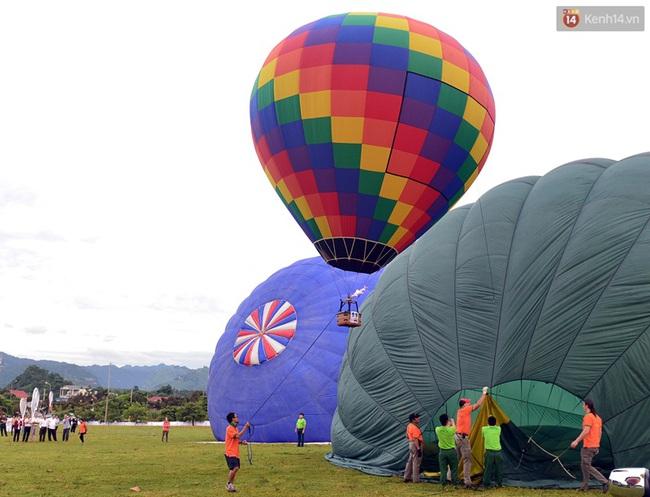 Trải nghiệm ngắm cao nguyên Mộc Châu trên khinh khí cầu khổng lồ - Ảnh 5.