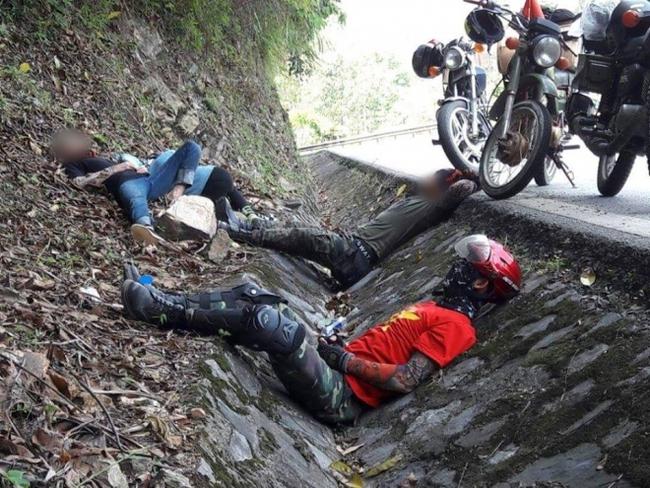 Tranh cãi hình ảnh những phượt thủ nằm ngủ la liệt ở rãnh nước bên đường - Ảnh 6.