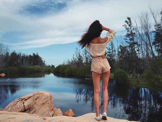 Muốn có album ảnh du lịch thật ảo, bạn hãy ăn mặc như thế này này! - Ảnh 19.