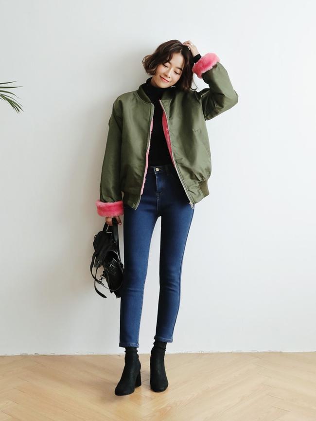 5 công thức giúp bạn nằm lòng cách mặc bomber jacket lót bông, item phải-có mùa đông năm nay - Ảnh 19.