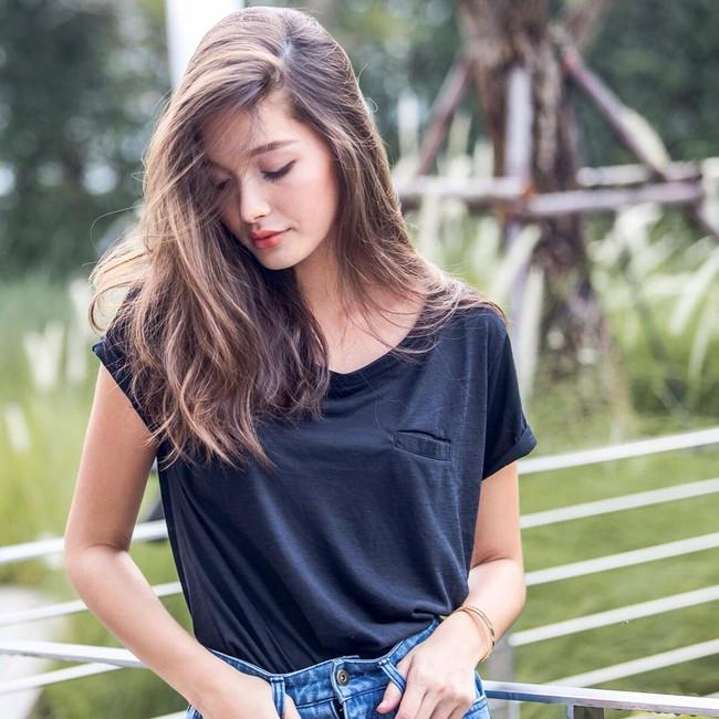 Thay vì chạy theo xu hướng, hot girl Thái lại chỉ trung thành với 6 kiểu tóc quen thuộc này - Ảnh 22.