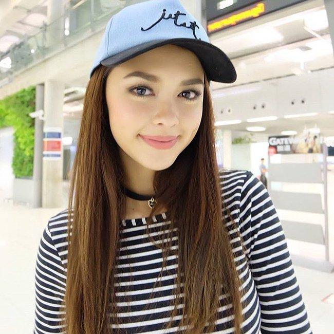 Thay vì chạy theo xu hướng, hot girl Thái lại chỉ trung thành với 6 kiểu tóc quen thuộc này - Ảnh 24.
