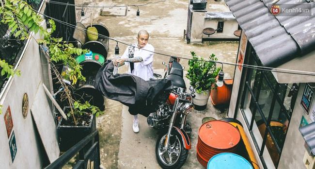 Bên trong khu phức hợp đậm phong cách Chicano của những chàng barber chất chơi ở Sài Gòn - Ảnh 7.