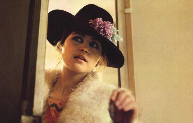 Hollywood sôi sục vì tiết lộ gây sốc của cảnh cưỡng hiếp trong Last Tango In Paris - Ảnh 7.