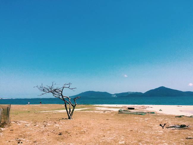 Đến Nha Trang, muốn mới lạ và không gặp cảnh đông kín thì tới 3 nơi này! - Ảnh 1.