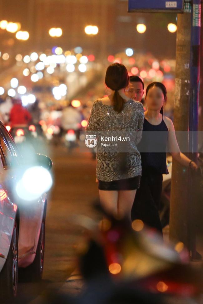 Sau khi lộ thiệp mời, Trấn Thành - Hari Won xuất hiện ở nơi sẽ tổ chức tiệc cưới của mình! - Ảnh 7.