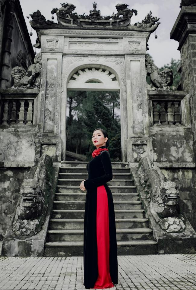 Lệ Quyên hoá gái Huế dịu dàng trong album nhạc Lam Phương - Ảnh 4.
