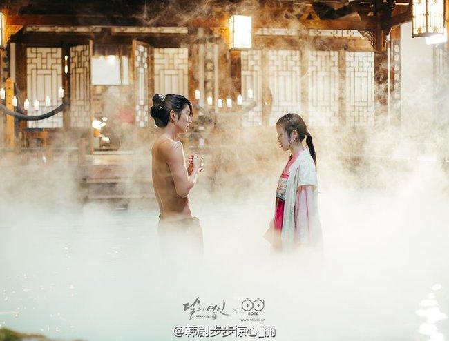 Moon Lovers: Hoàng tử Lee Jun Ki có vượt qua cái bóng Ngô Kỳ Long, IU có làm nên chuyện? - Ảnh 20.