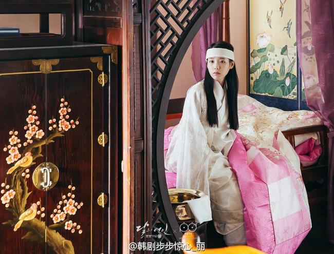 Moon Lovers: Hoàng tử Lee Jun Ki có vượt qua cái bóng Ngô Kỳ Long, IU có làm nên chuyện? - Ảnh 18.