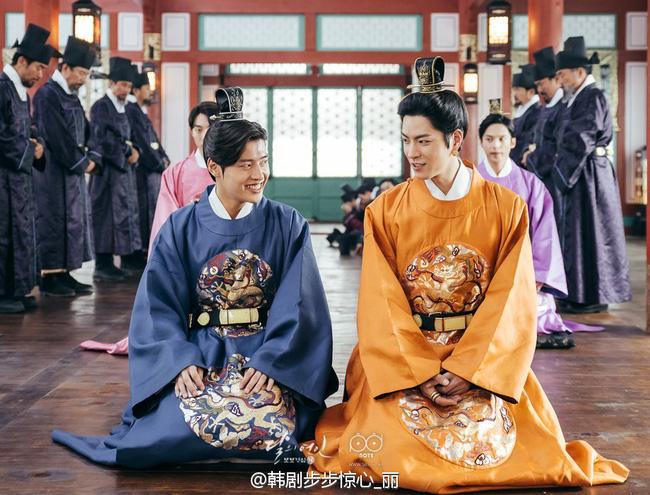 Moon Lovers: Hoàng tử Lee Jun Ki có vượt qua cái bóng Ngô Kỳ Long, IU có làm nên chuyện? - Ảnh 11.