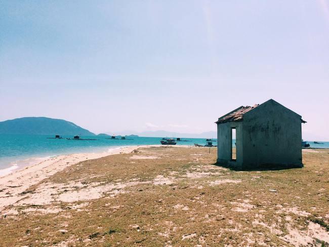 Đến Nha Trang, muốn mới lạ và không gặp cảnh đông kín thì tới 3 nơi này! - Ảnh 2.