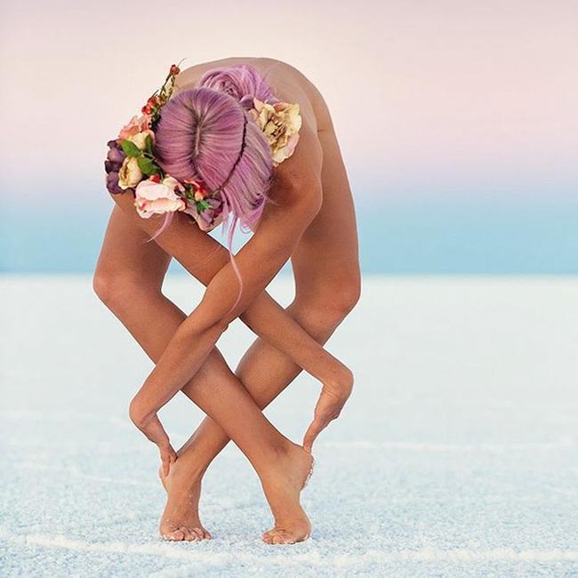 Bộ ảnh Yoga tuyệt đẹp phá vỡ mọi giới hạn tâm lý - Ảnh 2.