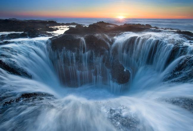 Sóng biển đóng băng và 13 khoảnh khắc kỳ diệu không phải ai cũng được nhìn thấy - Ảnh 10.