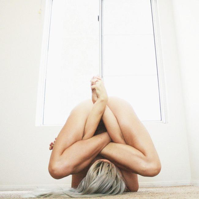 Bộ ảnh Yoga tuyệt đẹp phá vỡ mọi giới hạn tâm lý - Ảnh 6.