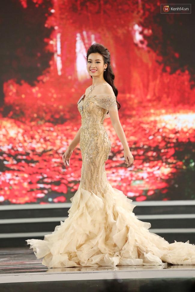 Đỗ Mỹ Linh đã âm thầm tỏa sáng suốt chặng đường Hoa hậu Việt Nam 2016 như thế này! - Ảnh 14.