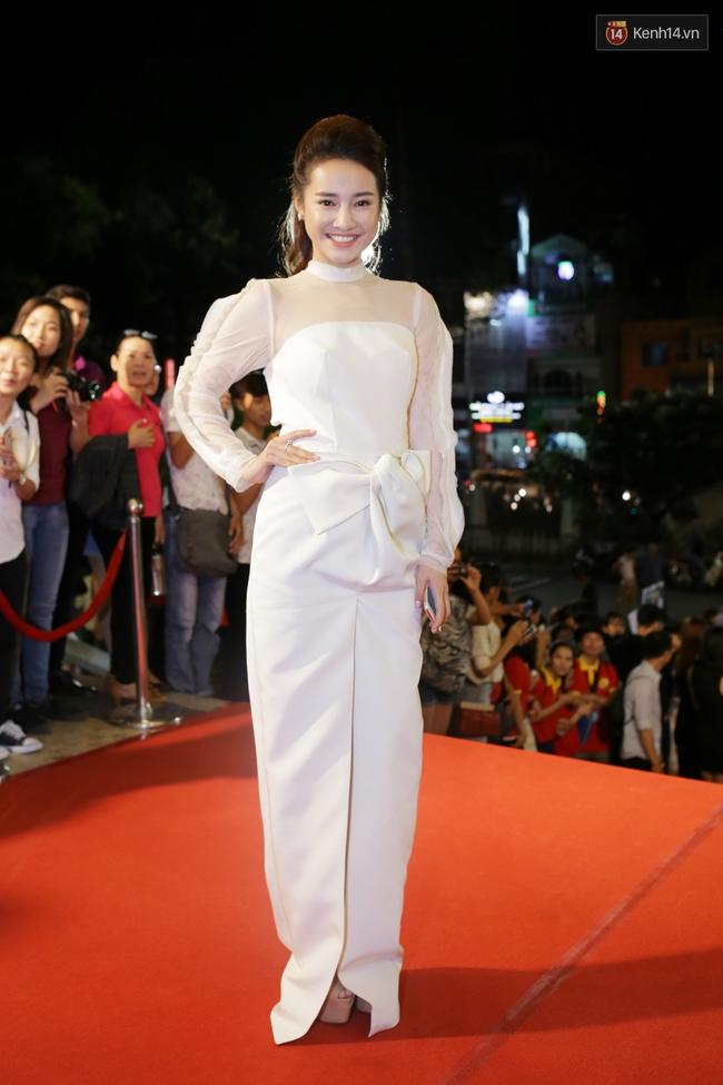 Dàn sao Việt diện váy áo lộng lẫy trên thảm đỏ VTV Awards 2016 - Ảnh 6.