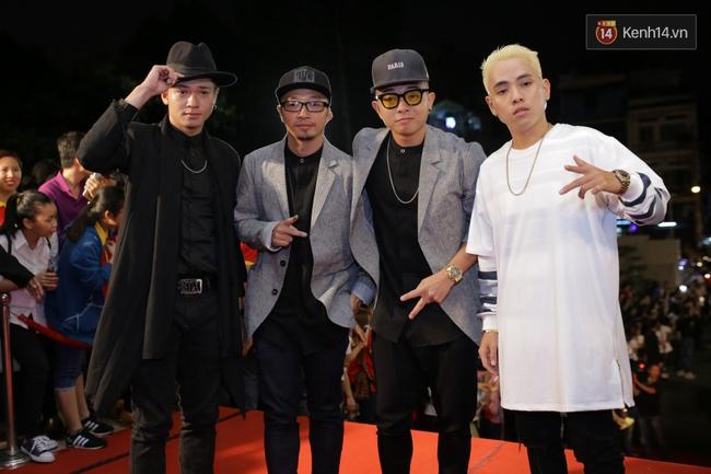 Dàn sao Việt diện váy áo lộng lẫy trên thảm đỏ VTV Awards 2016 - Ảnh 21.