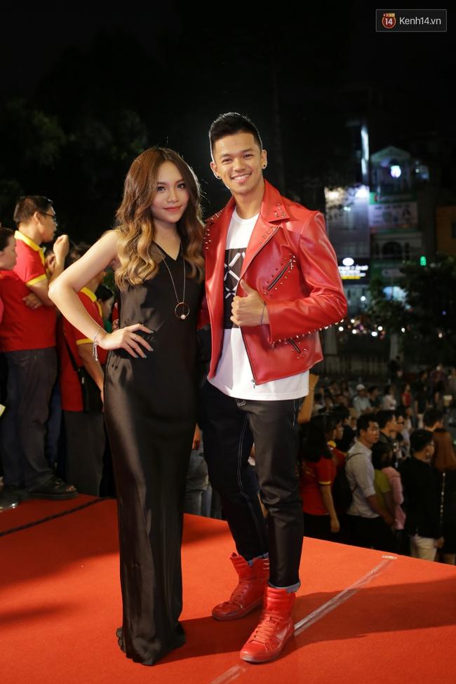 Dàn sao Việt diện váy áo lộng lẫy trên thảm đỏ VTV Awards 2016 - Ảnh 14.