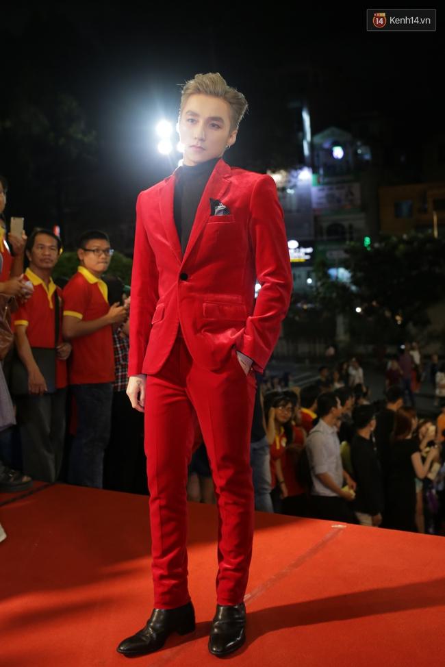 Dàn sao Việt diện váy áo lộng lẫy trên thảm đỏ VTV Awards 2016 - Ảnh 1.