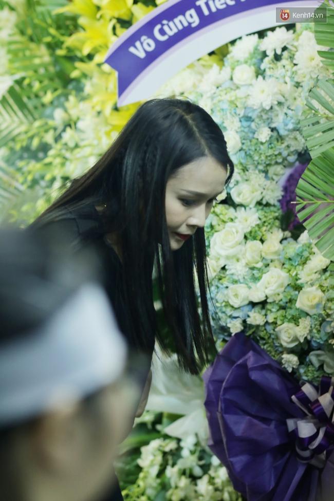 Lễ tang Minh Thuận đêm cuối: Sao Việt đến tiễn đưa người anh, người đồng nghiệp đáng mến! - Ảnh 4.