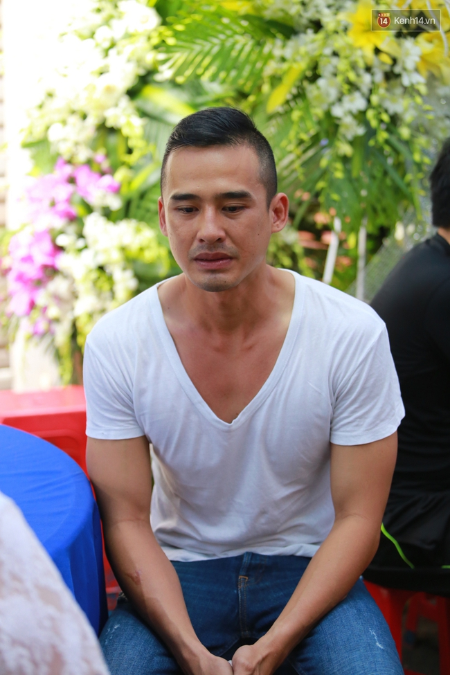 Nghệ sĩ Hoài Linh, Quang Vinh và sao Việt viếng lễ tang của Minh Thuận ngày cuối - Ảnh 5.