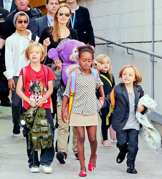 Brad Pitt khóc vì không được gặp các con sau khi Angelina Jolie nộp đơn ly hôn - Ảnh 3.