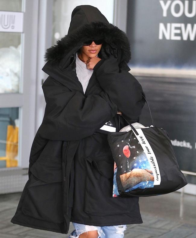 G-Dragon & Rihanna cùng có mùa đông không lạnh với mốt áo phao khổng lồ - Ảnh 6.