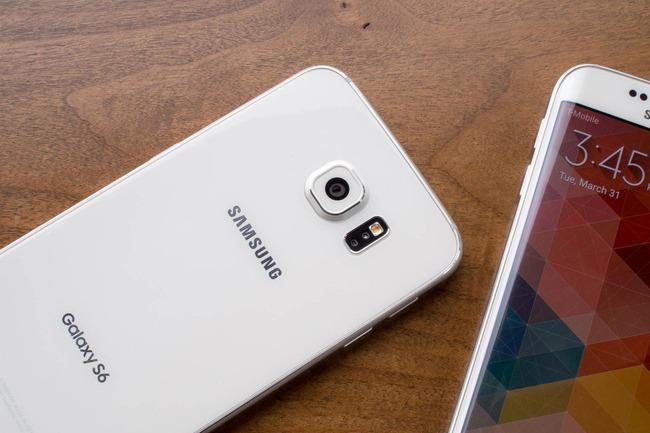 Tại sao điện thoại Samsung ngày càng đẹp hơn iPhone? - 136153