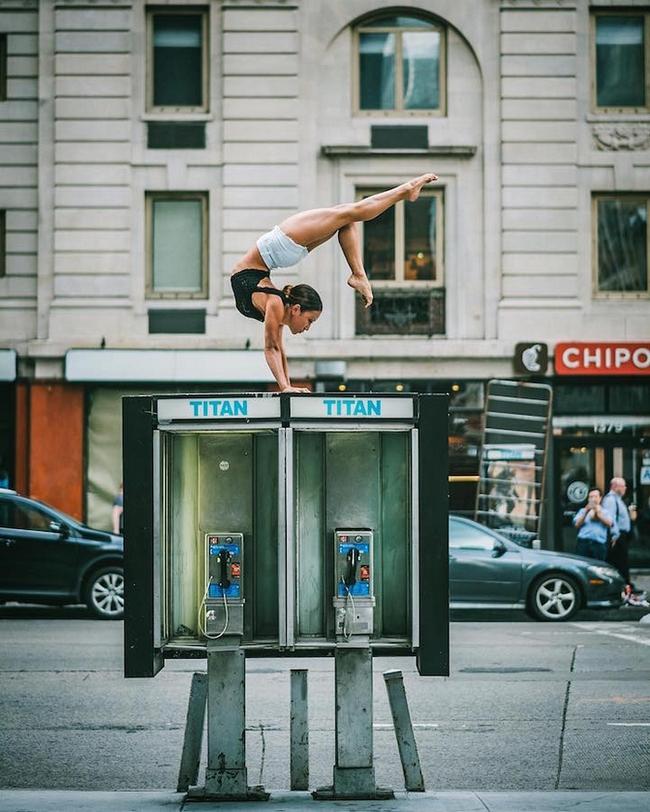 Đắm chìm vào vũ điệu đường phố qua bộ ảnh múa ballet của những nghệ sĩ không chuyên - Ảnh 7.