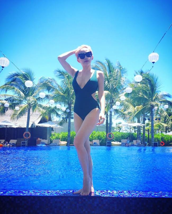 Hè vừa đến, netizen đã được thỏa mắt ngắm Kỳ Duyên, Quỳnh Anh Shyn... mặc đồ bơi - Ảnh 2.