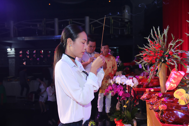 Đàm Vĩnh Hưng lần đầu làm chủ xị lễ giỗ Tổ sân khấu sau 20 năm ca hát - Ảnh 21.