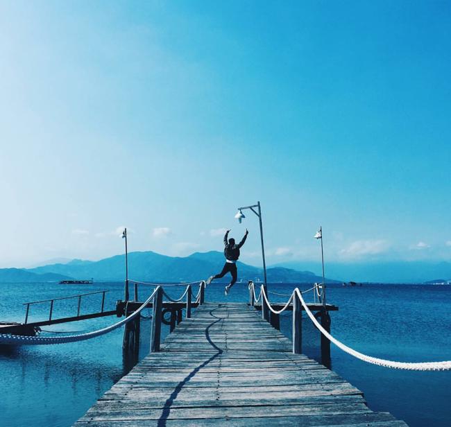 Cần chi đi đâu xa, ở Việt Nam cũng có những vùng biển đẹp không thua gì Maldives! - Ảnh 1.