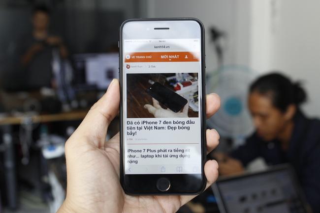 Đã có iPhone 7 đen bóng đầu tiên tại Việt Nam: Đẹp bóng bẩy! - Ảnh 13.