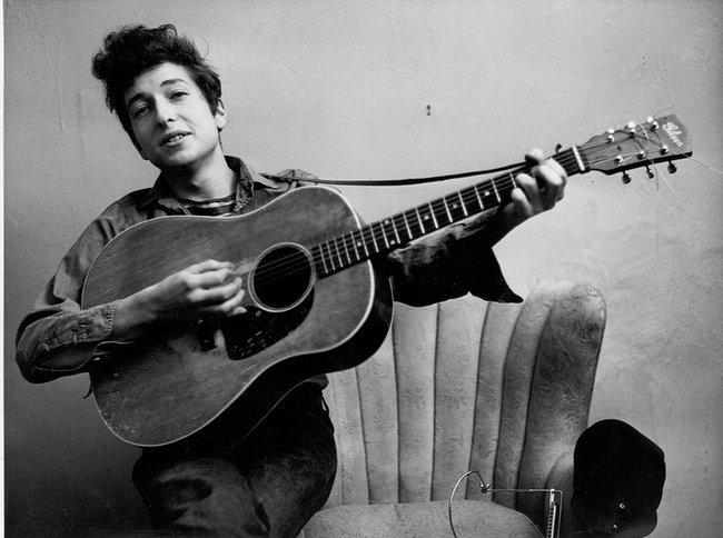 Nhạc sĩ, nhà văn Bob Dylan (Mỹ)