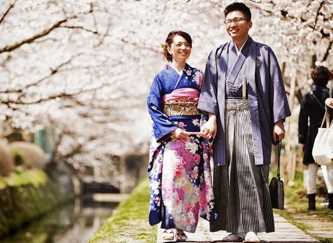Xu hướng cưới bạn thân của giới trẻ Nhật Bản và lời lý giải khiến bạn