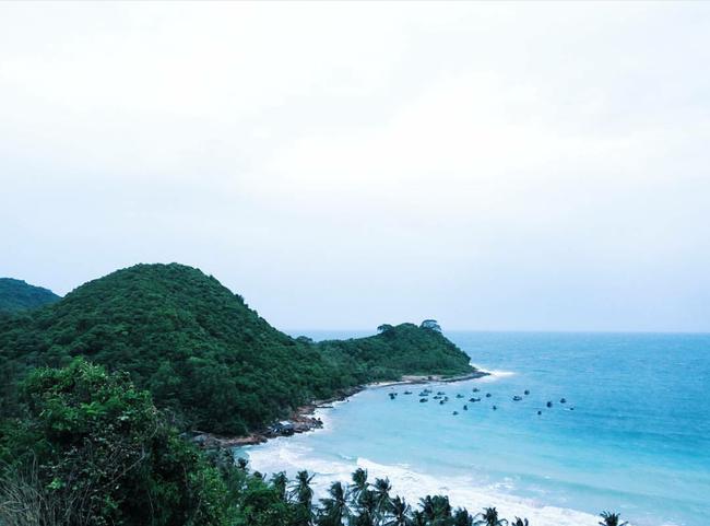 Cần chi đi đâu xa, ở Việt Nam cũng có những vùng biển đẹp không thua gì Maldives! - Ảnh 42.