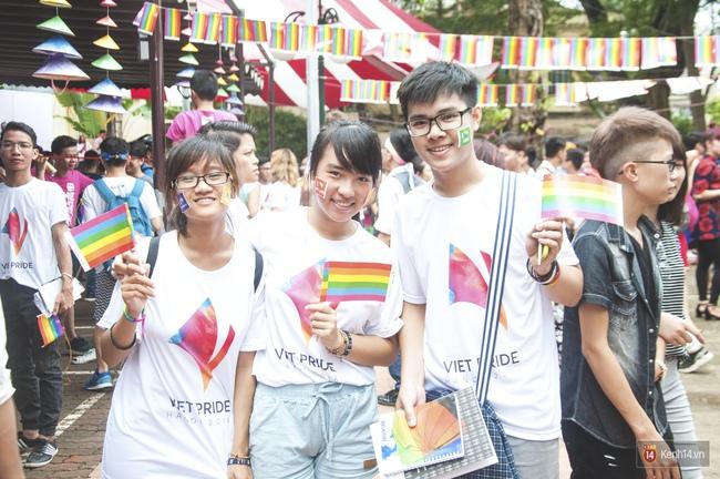 Cộng đồng LGBT Hà Nội tưng bừng đạp xe diễu hành trong ngày hội Viet Pride - Ảnh 11.