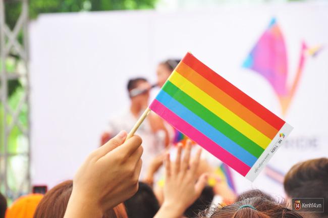 Cộng đồng LGBT Hà Nội tưng bừng đạp xe diễu hành trong ngày hội Viet Pride - Ảnh 17.