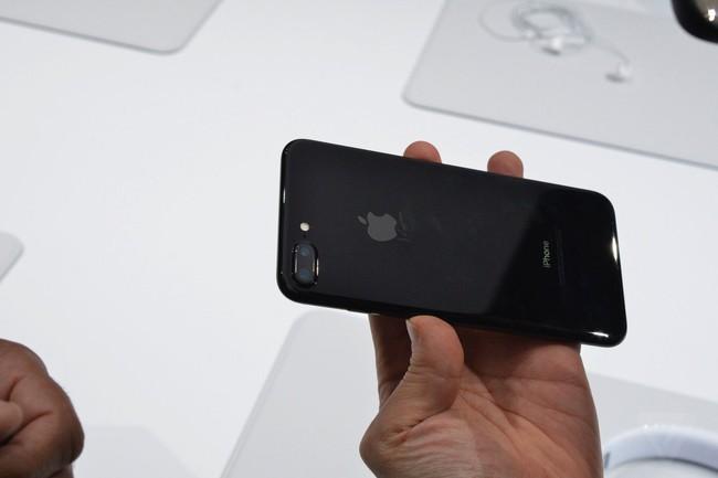 Điểm lại tất cả các bom tấn mới Apple vừa cho ra mắt vào đêm qua - Ảnh 1.