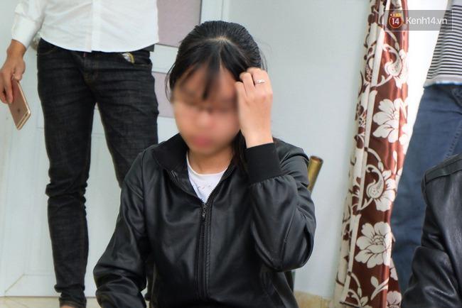 Mẹ nữ sinh tố thầy giáo ép con mình quan hệ: Giải quyết xong mọi việc, tôi sẽ đưa con gái đi thật xa - Ảnh 2.