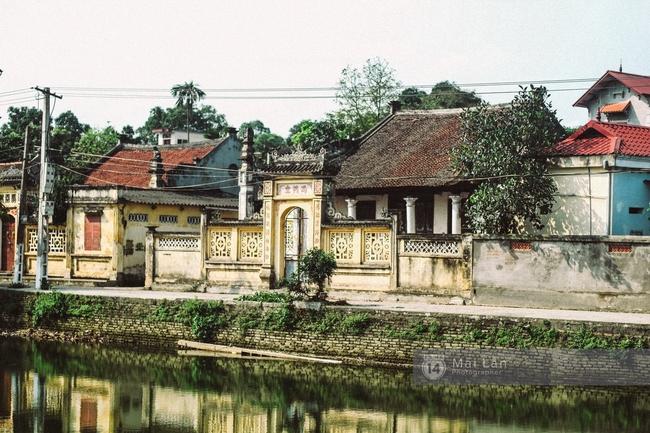 Ít ai biết ở gần Hà Nội có ngôi làng cổ hơn 200 năm tuổi, đẹp như tranh! - Ảnh 3.