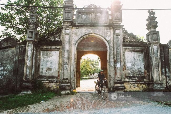 Ít ai biết ở gần Hà Nội có ngôi làng cổ hơn 200 năm tuổi, đẹp như tranh! - Ảnh 2.