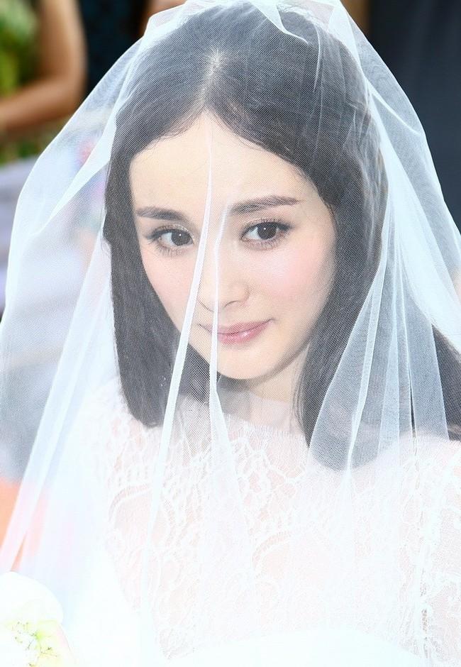 Trước khi có scandal ngoại tình chấn động, Dương Mịch - Lưu Khải Uy đã ngọt ngào và hạnh phúc thế này! - Ảnh 18.