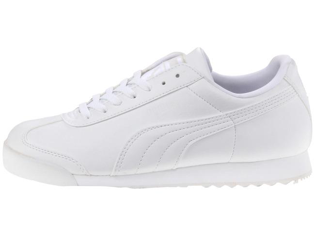 Muốn chất nhất hè này, tậu ngay 4 mẫu giày trắng sau - Ảnh 2.