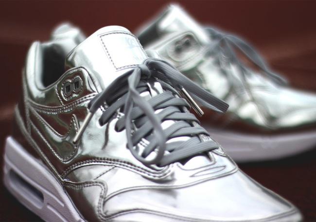 Lộ diện các mẫu giày thể thao mới ra mắt trung tuần tháng 8/2016 - Ảnh 7.