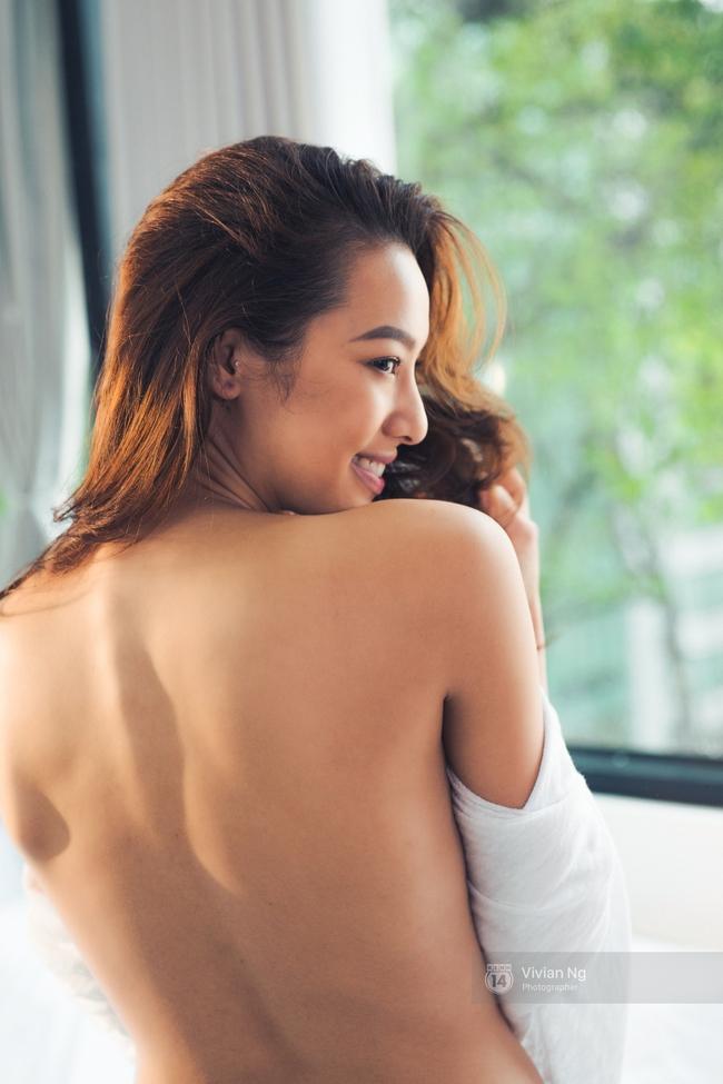 Cả con gái cũng mê mẩn khi xem những khoảnh khắc vô cùng gợi cảm của Lilly Nguyễn! - Ảnh 12.