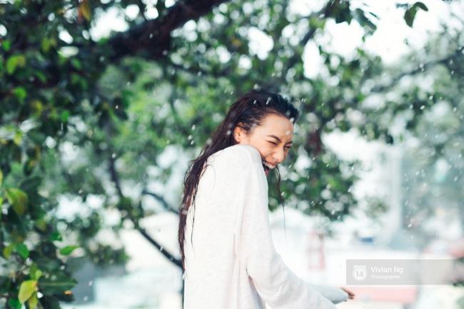 Cả con gái cũng mê mẩn khi xem những khoảnh khắc vô cùng gợi cảm của Lilly Nguyễn! - Ảnh 14.