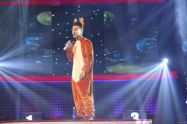 Hương Tràm, Cao Thái Sơn phát hiện ra 2 cô gái xinh đẹp mà hát dở thôi rồi! - Ảnh 8.